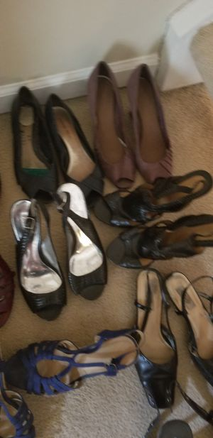 Expat sale Gently used shoes sold seperately size 9.5 for Sale in Arlington, VA
