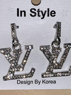 Diamond Classy Earring for Sale in Los Angeles,  CA