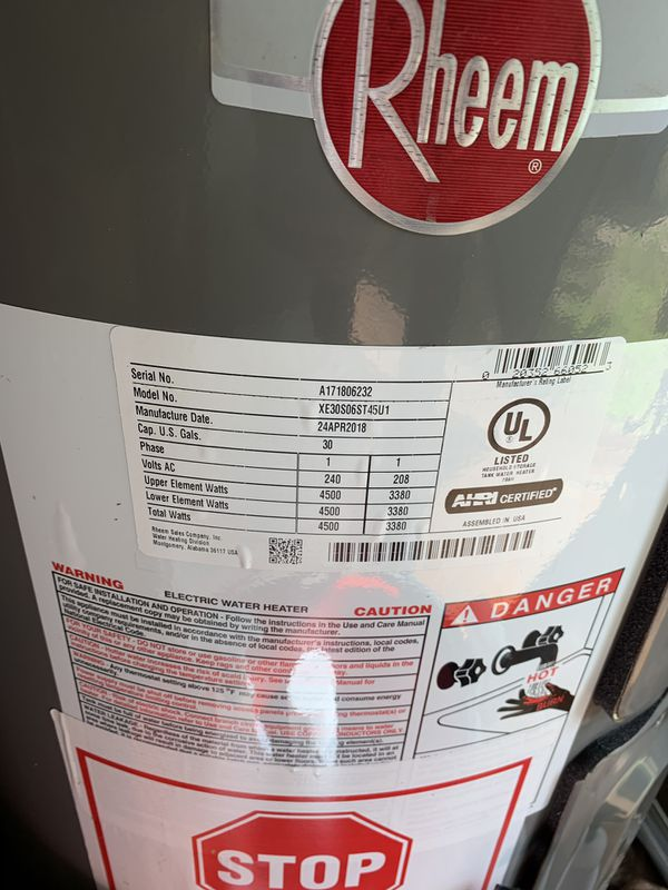 HOT WATER HEATER *30 gallons
