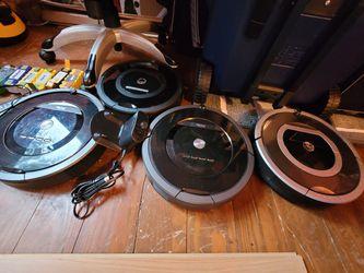 iRobot Roomba 790, 770 Robotic Vacuum Cleaners - Auto Schedule - HEPA Filters - Serviceable for Sale in Bremerton,  WA