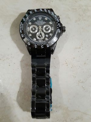 Mens Watch New with Box.Battery Operated for Sale in New York, NY