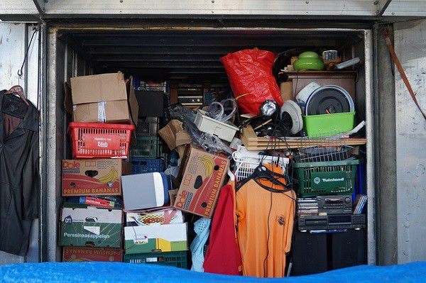 Over 30 boxes used household kitchen bathroom items