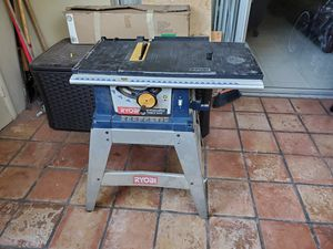 """Table saw with 10"""" blade for Sale in Miami, FL"""