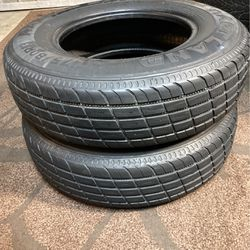 2) ST175/80/R13 Trailer tires in excellent condition $60 for both for Sale in Bakersfield,  CA