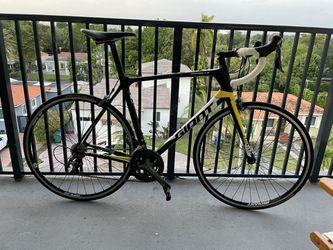 2016 Giant TCR Advanced 56cm Road Bike for Sale in Miami, FL