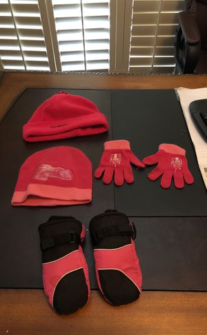 Kids winter hats and mittens bundle for Sale in Poway, CA