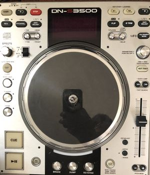 2 Denon dns3500 and 1 vestax do mixer for Sale in Frederick, MD