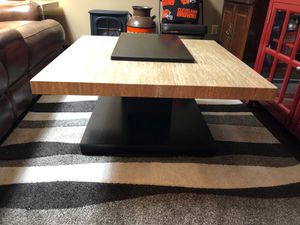 Ashley Furniture coffee and end table set for Sale in Strongsville, OH