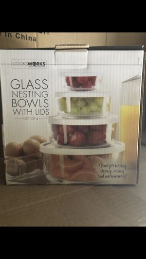 Glass food storage containers 4pc for Sale in Inglewood, CA