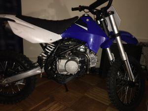 125 cc Apollo dirt bike for Sale in Brooklyn, NY