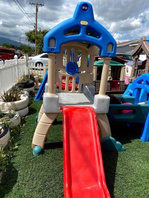 Little tikes swing set for Sale in Fontana, CA