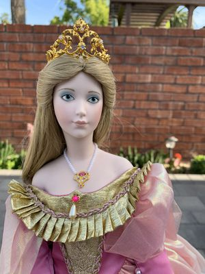 Cinderella Doll for Sale in Pico Rivera, CA