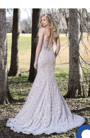 Wedding Gown - Size 8 for Sale in Lincolnia, VA