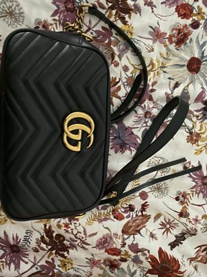 Gucci hand bag PRICE IS FIRM for Sale in Spring Valley, CA
