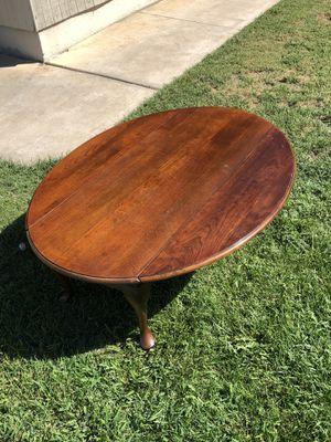 SOLID WOOD DROP-LEAF COFFEE TABLE for Sale in Redlands, CA