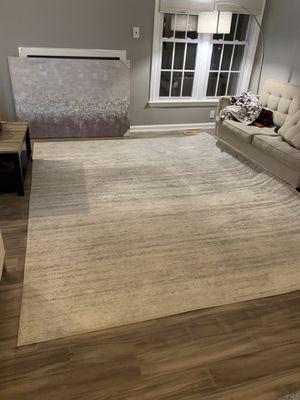 Good condition 8 x 10 grey rug for Sale in Alexandria, VA