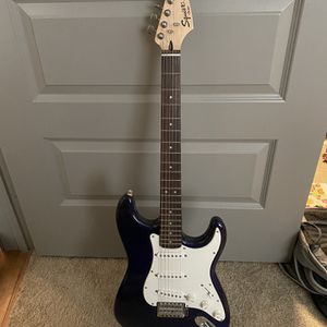 Electric Guitar Fender Strat With Amp for Sale in Houston, TX