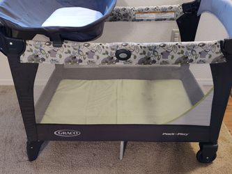 Graco Pack & Play With Changing Table And Riser for Sale in Beaverton,  OR