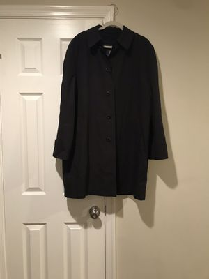 London fog tench coat for men for Sale in Vienna, VA