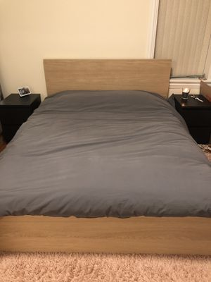 IKEA Malm Queen Bed Frame w/Slats for Sale in Chicago, IL
