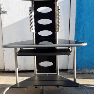 Computer Desktop Table for Sale in Los Angeles, CA