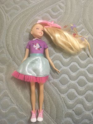 Brand new JoJo Siwa doll it's my daughter never used it it was for my daughter no scratches nothing just brand new for Sale in Kissimmee, FL