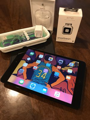 iPad Mini 1 (64GB) + 4800 Songs + Bluetooth Headphones for Sale in San Diego, CA