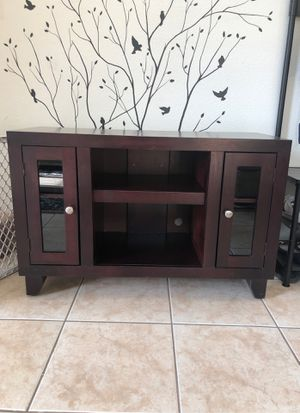 Tv stand / hutch for Sale in North Las Vegas, NV