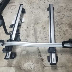 THULE Roof Rack for Sale in Martinsburg, WV