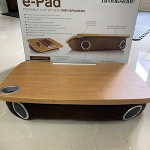 Brookstone Portable Laptop Desk table in good condition (like New) for Sale in Chula Vista, CA