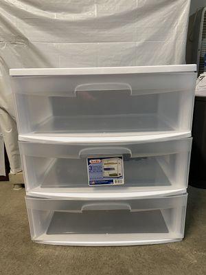 Plastic 3 drawer for Sale in Sacramento, CA