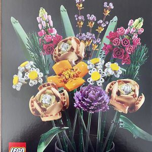 LEGO 10280 Creator Expert Botanical Collection Flower Bouquet for Sale in Santa Ana, CA