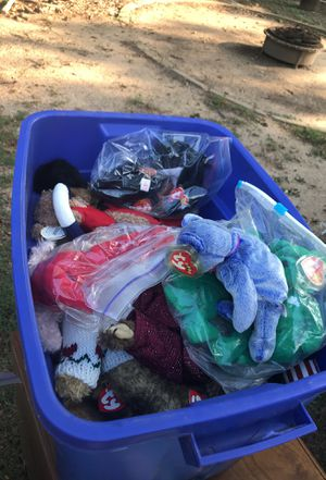 Tubs of beanie babies for Sale in Dallas, TX