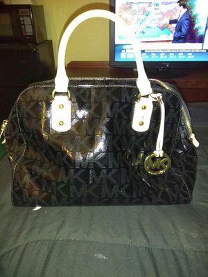 Michael kors black large satchel tote for Sale in Roanoke, VA