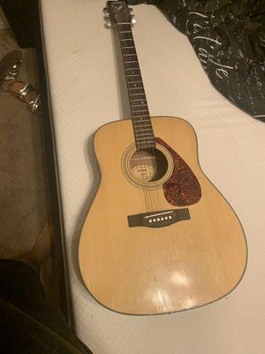 Yamaha f-325 guitar for Sale in Phoenix, AZ