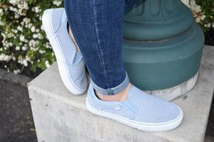 Brand new comfy deluxe Vans for Sale in Tulare, CA