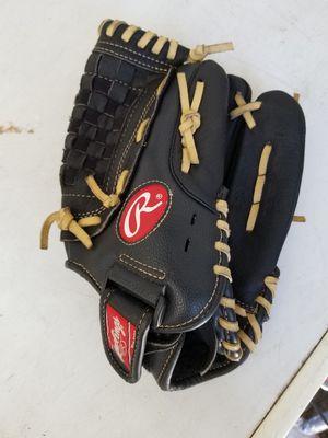 "12"" kids Rawlings baseball glove broken in for Sale in Norwalk, CA"
