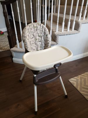 Graco highchair and booster seat for Sale in Alta Loma, CA