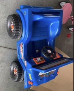 Kids Wrangler Jeep $70 for Sale in Bloomington, IL