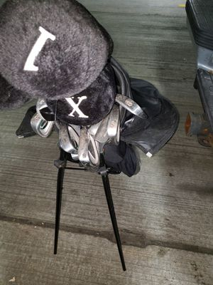 Golf club set and Dunlop bag for Sale in Lincolnia, VA