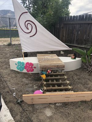 Moana boat for party pictures for Sale in Lake Elsinore, CA
