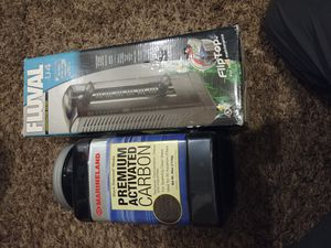 55 gal Fish tank submersible filter/ active carbon for Sale in Leavenworth, WA