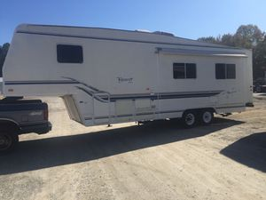99 Fleetwood Terry EX /30 5x for Sale in Loganville, GA