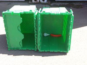 4 cajas de platico duro for Sale in Richmond, CA