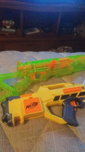 Raven and green nerf gun for Sale in New Port Richey, FL