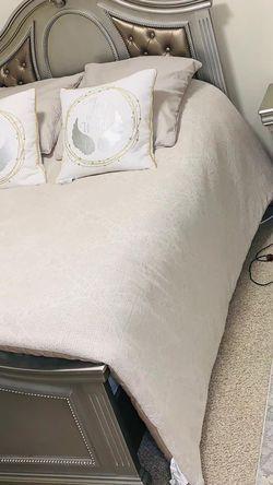 Full Size Bedroom Set for Sale in Renton,  WA