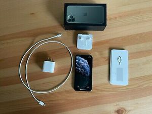 iPhone 11 pro for Sale in Blacklick, OH