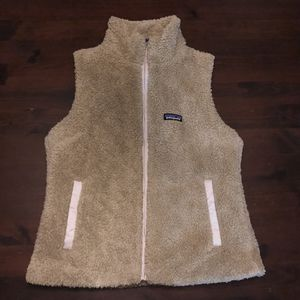 Women's Patagonia vest size L for Sale in Irving, TX