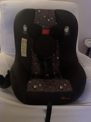 Mickey Mouse car seat with cup holder for Sale in NO FORT MYERS, FL