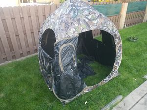 POP. UP BLIND - TENT for Sale in Franklin Park, IL